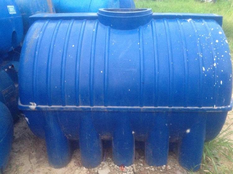 Có nên mua bồn nước nhựa cũ đã qua sử dụng?