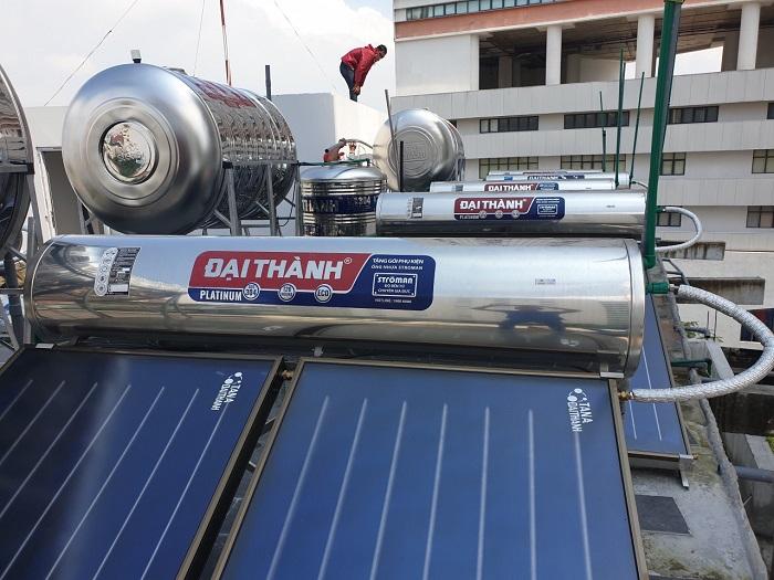 Máy nước nóng NLMT Tân Á Đại Thành