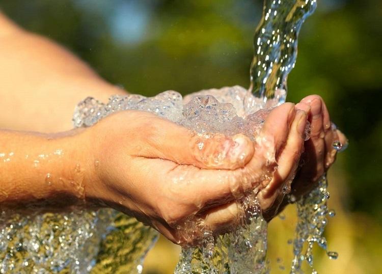 Giá nước sinh hoạt gia đình