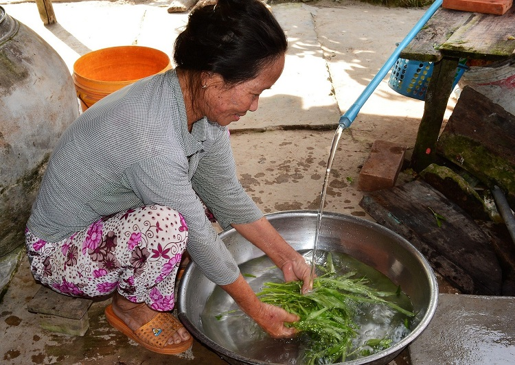 Giá nước sạch cho hộ nghèo