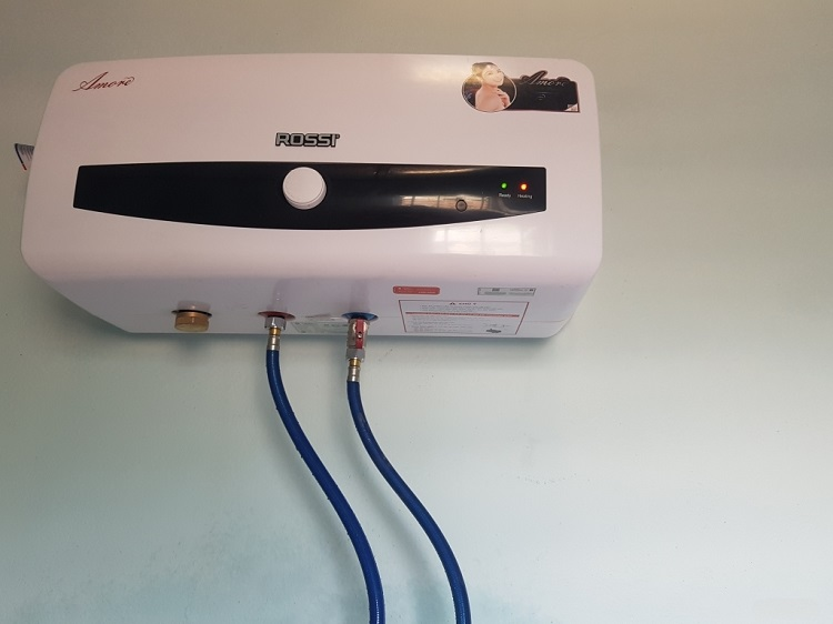 Làm vệ sinh bình nóng lạnh