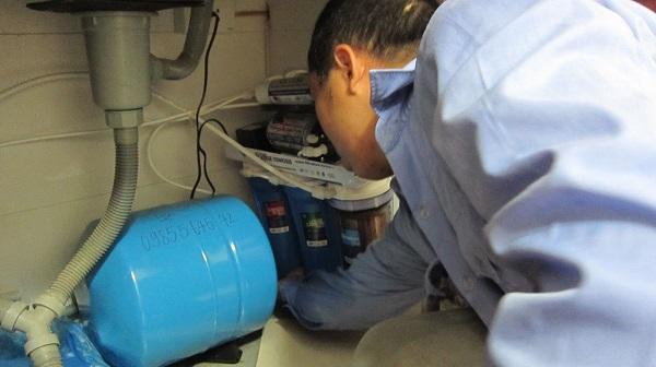 Lỗi máy lọc nước chạy liên tục không ngắt
