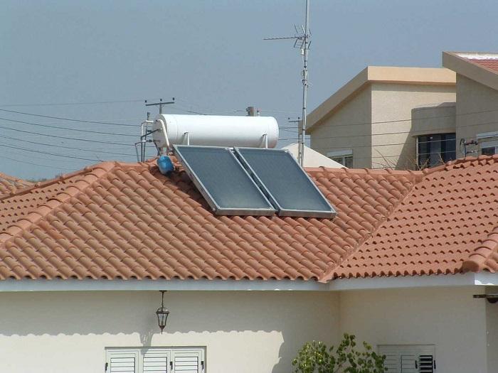 Cấu tạo máy nước nóng năng lượng mặt trời tấm phẳng 1