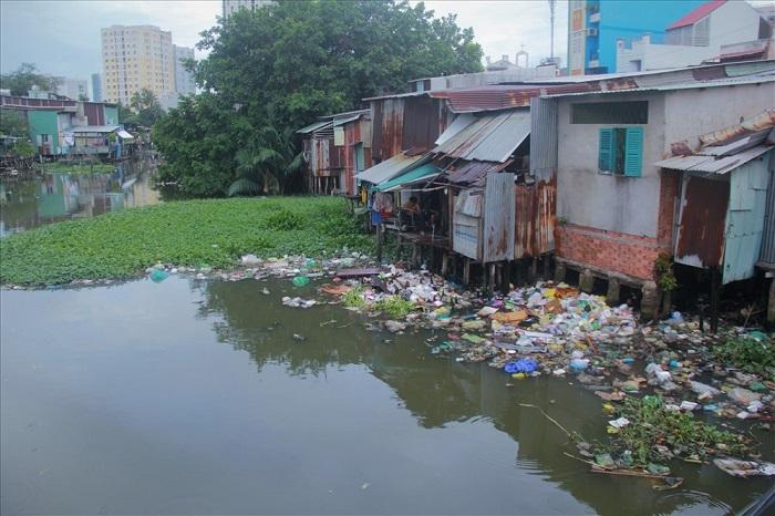 Ô nhiễm nguồn nước tại Thành phố Hồ Chí Minh đang ở mức báo động?
