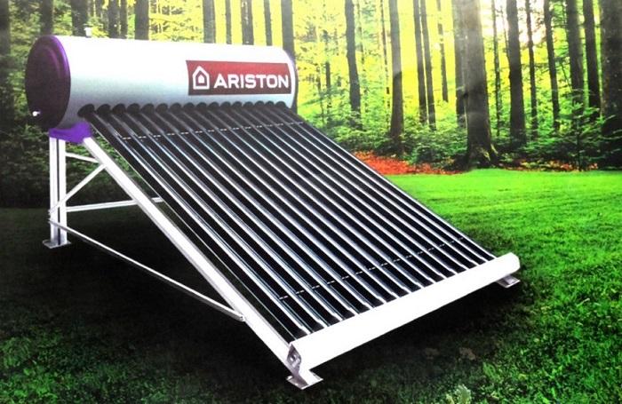 Máy nước nóng năng lượng mặt trời Ariston